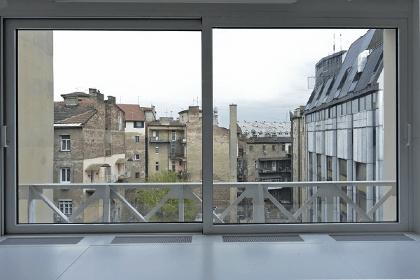 Alumil podizno klizni sistem za zastakljivanje terasa